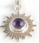 7. Chakra Anhänger aus Silber mit Amethyst