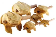 Dan Moi, Klangfrosch, Holz naturbelassen, 17cm